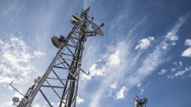 Cellulari, i ripetitori aumentano l'insorgenza di rumori rari: lo dice uno studio italiano