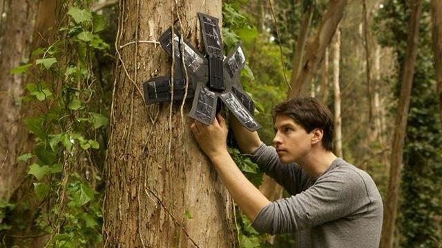 Fermare la deforestazione con i vecchi cellulari riciclati