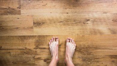 Camminare a piedi nudi in casa fa bene alla salute: ecco perché