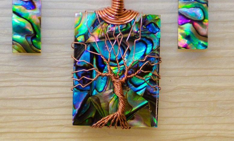 Gli eco gioielli in rame ispirati all'albero della vita