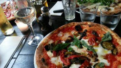 Birra addio, per accompagnare la pizza nasce la carta del prosecco