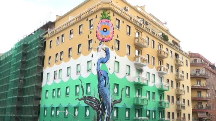 Nel quartiere Ostiense di Roma il murales mangia smog
