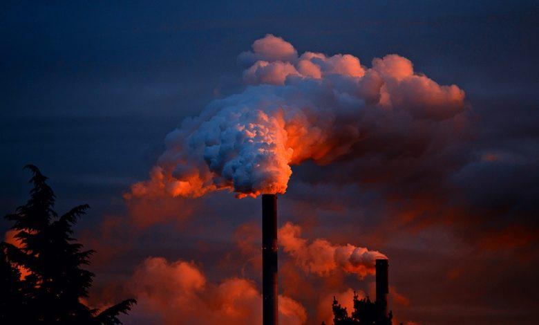 Gli studenti francesi rifiutano di lavorare per aziende che inquinano