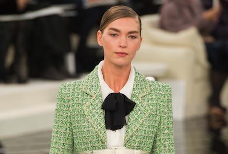 Chanel diventa sostenibile: rinuncia alle pelli esotiche