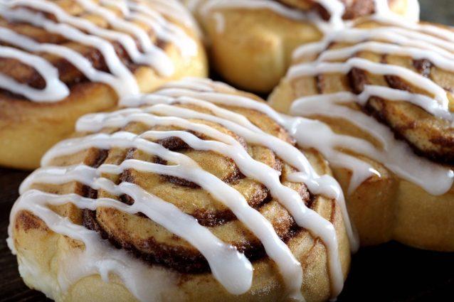 Dal nord Europa i cinnamon rolls: la ricetta del dolce natalizio