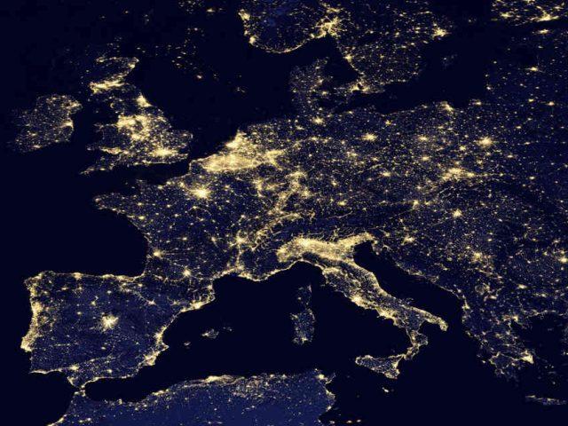 Earth Hour: un'ora di buio per un futuro sostenibile